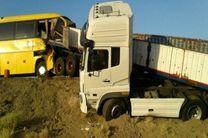 نقص فنی در سیستم ترمز و وجود لاستیک فرسوده عامل واژگونی اتوبوس سرباز معلم ها در یزد