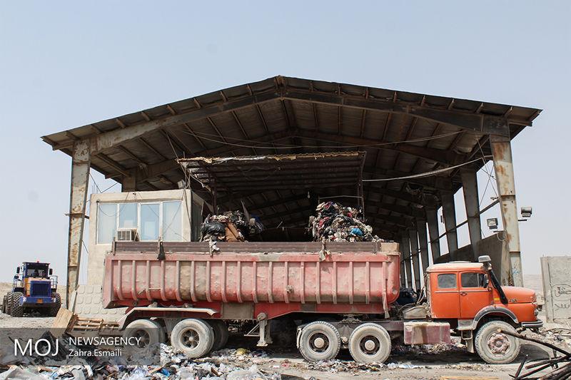 اکنون زباله های 39 روستا به سایت دفن زباله همدان منتقل میشوند