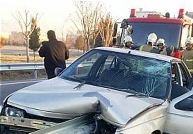 برخورد سه دستگاه خودرو در محور قاین- بیرجند/ 10 نفر مصدوم شدند