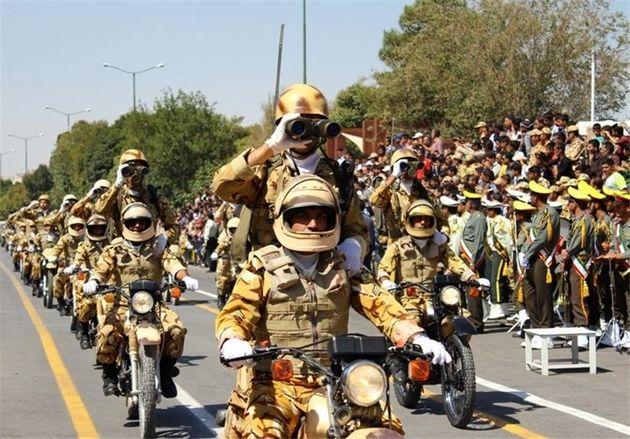 رژه نیروهای مسلح در اصفهان برگزار شد