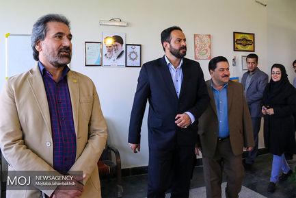 بازدید  فرماندار خمینی شهر از خبرگزاری موج اصفهان