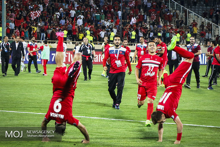 دیدار تیم های فوتبال پرسپولیس ایران و الوحده امارات