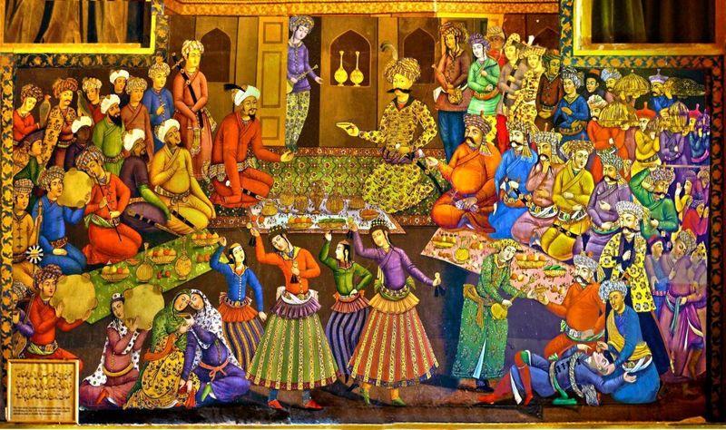 عملیات مرمت دیوار نگارههای مجموعه جهانی کاخ چهلستون اصفهان پایان یافت
