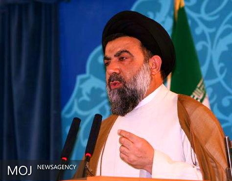نماز جمعه مهمترین خاکریز نفوذناپذیر جبهه انقلاب اسلامی است