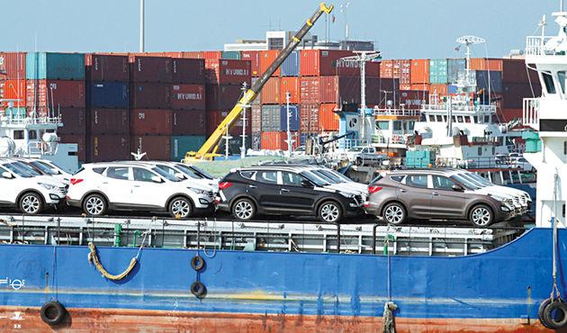 تخلف واردات خودرو با خلا نرم افزاری یا همراهی سازمان دولتی