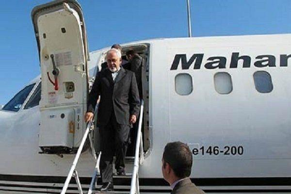 سفر دو روزه ظریف به قطر و عمان به پایان رسید