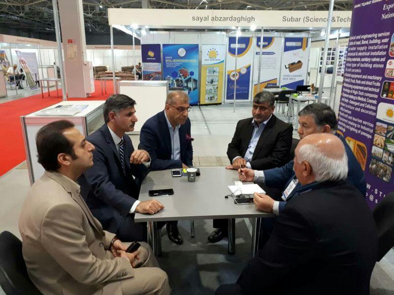 معرفی توانمندی های منطقه آزاد انزلی در نمایشگاه بین المللی صنعت کراسنودار روسیه