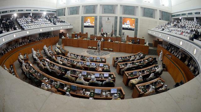 امیر کویت استعفای دولت این کشور را پذیرفت