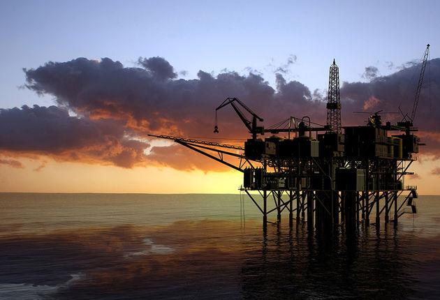 کاهش ٩٠٠ هزار بشکه تولید نفت کشورهای عضو اوپک