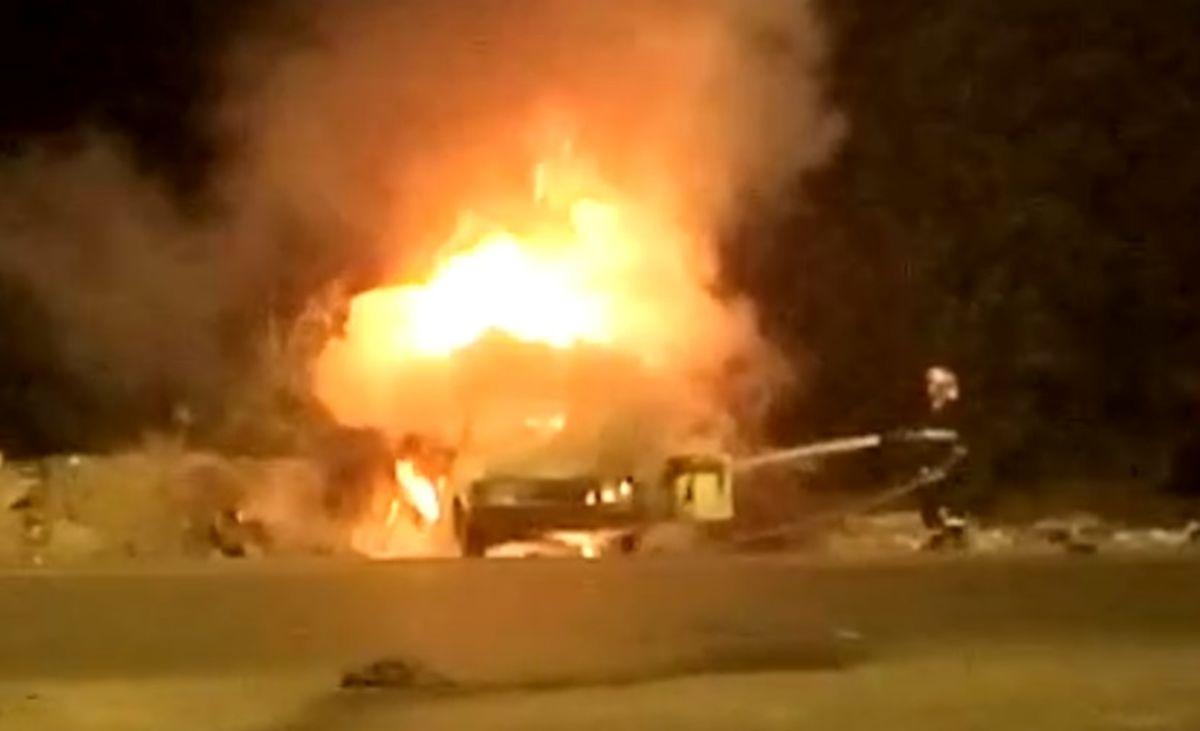 یک کشته در اثر آتش سوزی یک وانت پیکان در محور مورچه خورت- میمه