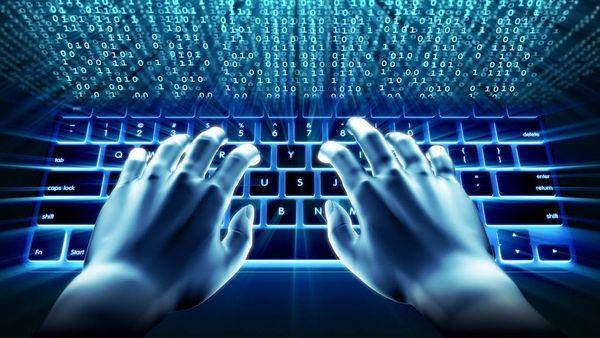 وزیر خارجه روسیه حمله سایبری به لاهه از سوی هکرهای روس را رد کرد