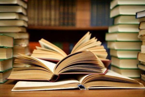 کتاب جدید شفیعی کدکنی به نمایشگاه کتاب رسید