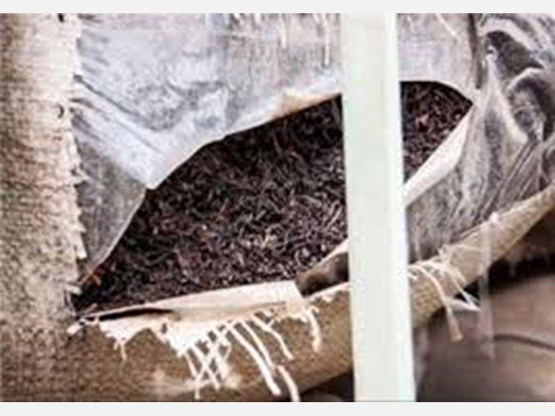 کشف 460 کیلوگرم چای شکسته خارجی در اصفهان