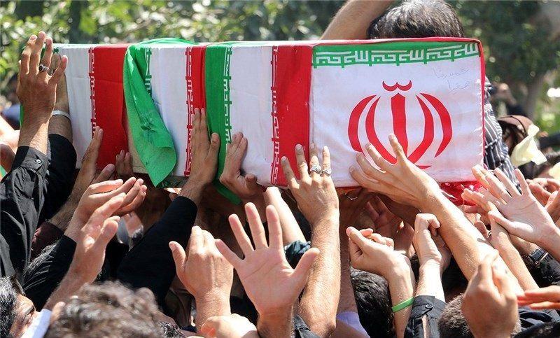شهدای حادثه سقوط هلیکوپتر امدادرسان در اصفهان تشییع شدند