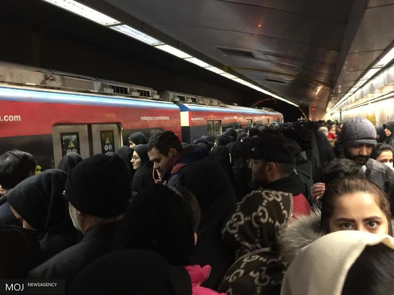 دو میلیون و ۹۵۰ هزار نفر توسط مترو جا به جا شدند