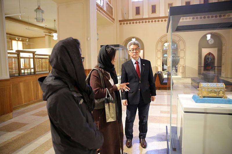 سفیر کره جنوبی از موزه بانک ملی ایران بازدید کرد