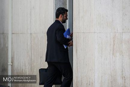 حاشیه جلسه هیات دولت - ۲۴ بهمن ۱۳۹۷/محمدجواد آذری جهرمی وزیر ارتباطات و فناوری اطلاعات