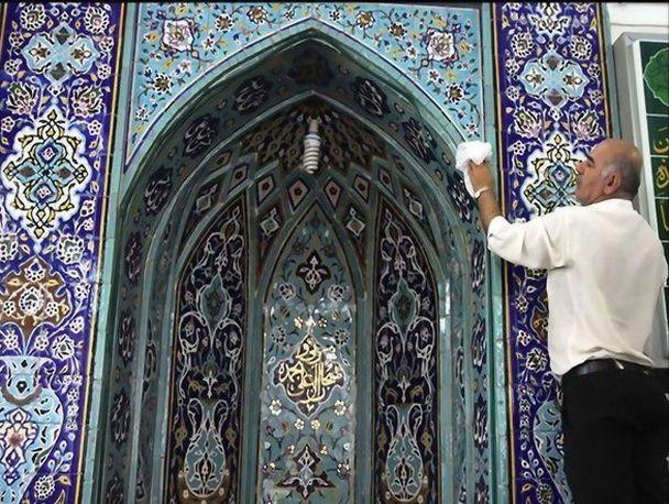 غبارروبی دهها مسجد جنوب شهر برای میزبانی از مهمانان ماه ضیافت الهی