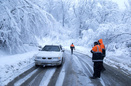 راهداران علاوه بر امکانات و تجهیزات خودرویی اداره کل، از ظرفیت دهیاری ها برای برف رویی بهره بگیرند