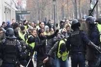رفتار دوگانه مدعیان حقوق بشر با اعتراضات پاریس مایه شرمساری است
