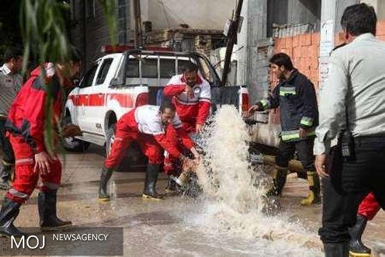 وقوع سیل در ۵ شهرستان آذربایجان غربی / امداد رسانی همچنان ادامه دارد