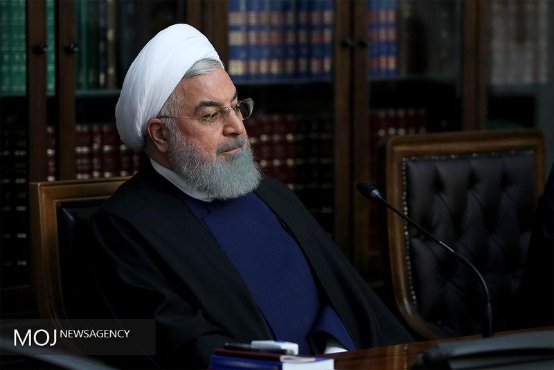 تماس تلفنی روحانی با استاندار قزوین