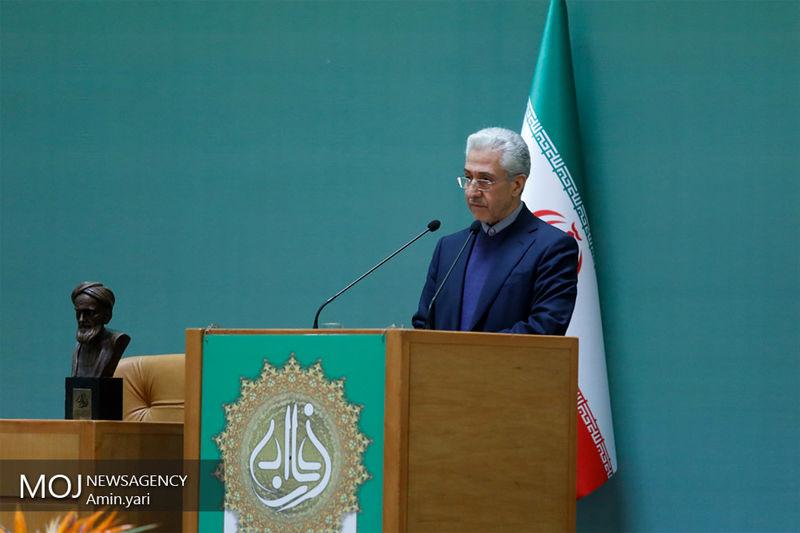 منصور غلامی وزیر علوم وارد لرستان شد