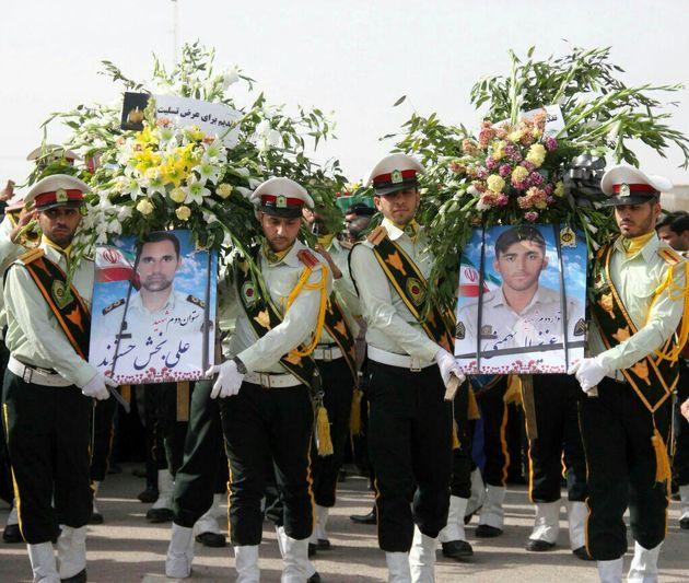 تشییع پیکر پاک دو مامور شهید در اهواز