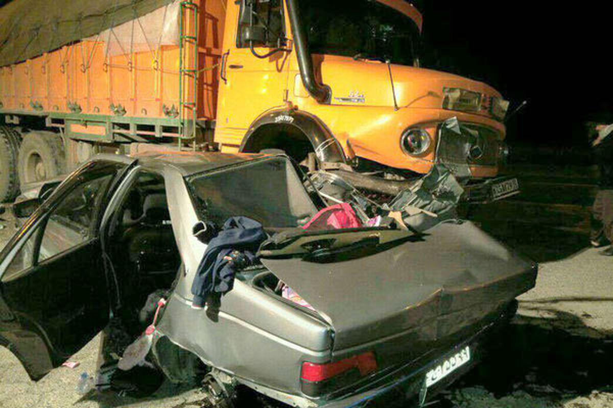 ۳ کشته در اثر تصادف کامیون با سواری پژو ۴۰۵ در شهر جدید مجلسی