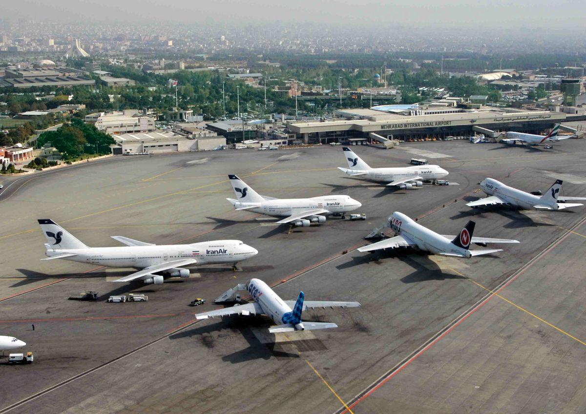 کاهش ۳۶ درصدی پروازهای فرودگاه مشهد در جهت قطع زنجیره انتقال بیماری کرونا