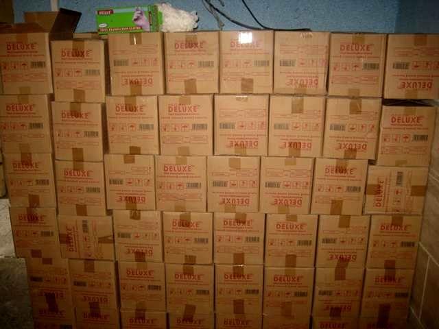 کشف 156 هزار اقلام پزشکی در یک انبار دپو در کرج