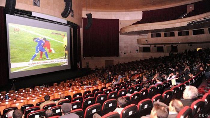سینماهای بندرعباس در خرداد ماه پذیرای هشت هزار تماشاگر بود
