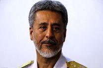 دریادار سیاری روز خبرنگار را تبریک گفت