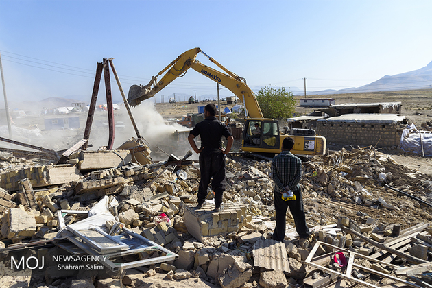 نیروهای ارتش در مناطق زلزله زده کرمان در حالت آماده باش هستند