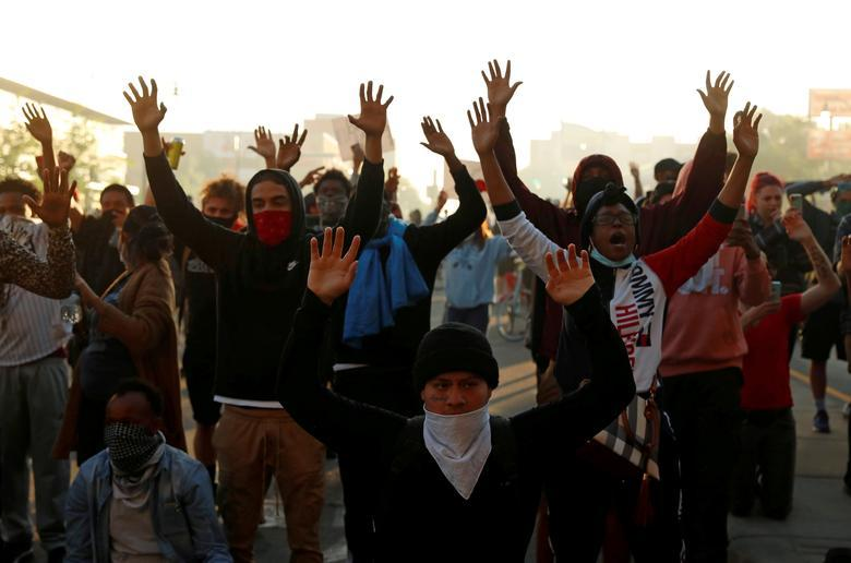 اعلام حالت فوقالعاده در لسآنجلس درپی تشدید اعتراضات