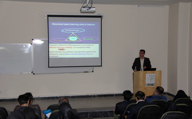 همایش بازاریابی و مدیریت جامع حوزه آبخیز در لرستان برگزار شد