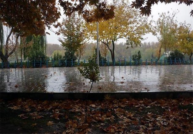 کاهش 5 درجهای دمای هوا در بیشتر مناطق استان اصفهان