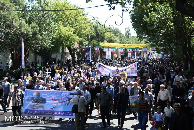 امام خمینی پرچمدار آرمان قدس شریف