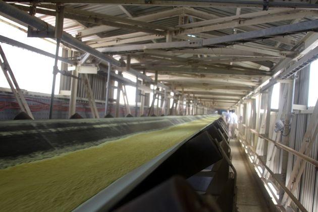 ساخت انبارهای مکانیزه 44 هزار تنی گوگرد آغاز شد