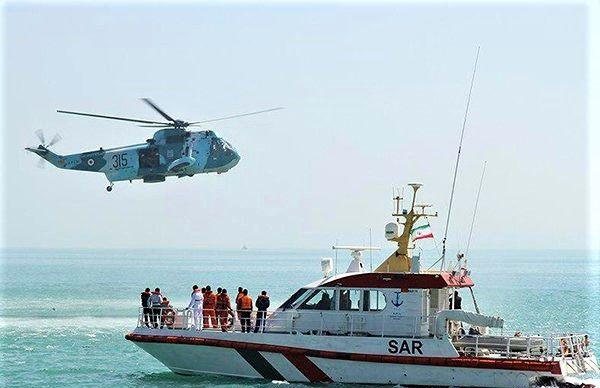 دو کشتی خارجی در تنگهی هرمز باهم تصادف کردند/نجات 16 سرنشین کشتی تجاری