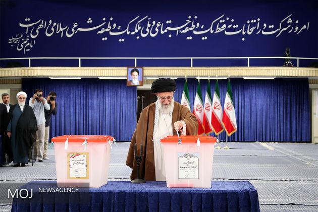 خبرگزاری آناتولی ترکیه: انتخابات ایران با رای رهبر (معظم انقلاب) آغاز شد