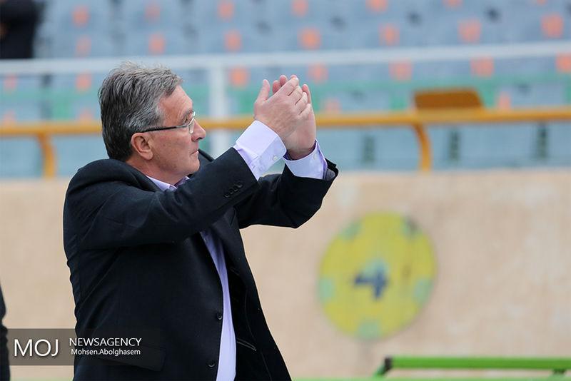 فدراسیون فوتبال عراق به دنبال جذب سرمربی پرسپولیس