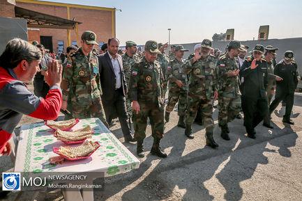 بازدید سرلشکر باقری از مرکز نوسازی شهید زرهرن