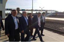 رفاه مسافرین باید  اولویت خدمت رسانی اداره کل راه آهن قم در هر اقدامی باشد