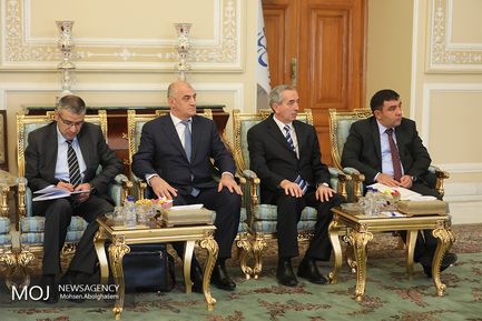 دیدار وزیر کشور آذربایجان با علی لاریجانی
