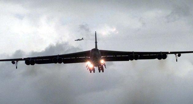 مین گذاری بمب افکن های آمریکا در نزدیکی ناوگان دریایی روسیه