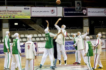 تیم های پالایش نفت آبادان، گاز تهران، گروه بهمن و ساسان کرمان برای کسب عنوان های اول تا چهارم با هم رقابت دارند