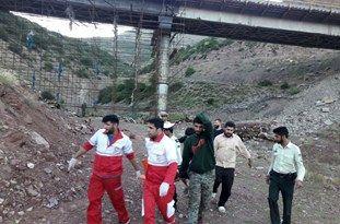 سقوط کارگر از ارتفاع 30 متری پلفلزی در سوادکوه