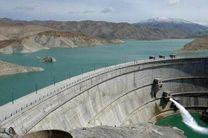 کاهش میزان آب خروجی از سد زایندهرود