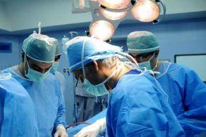 برداشت تومور مغزی به روش اگزوسکوپ سه بعدی در اصفهان انجام شد